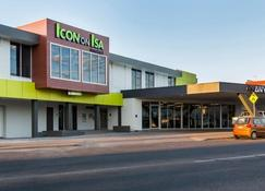 Icon on Isa - Mount Isa - Building