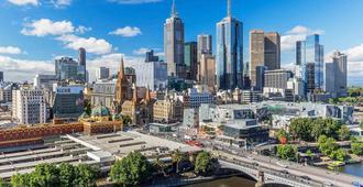 Quay West Suites Melbourne - Melbourne - Outdoors view