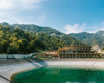 Qafqaz Tufandag Mountain Resort Hotel - Gabala