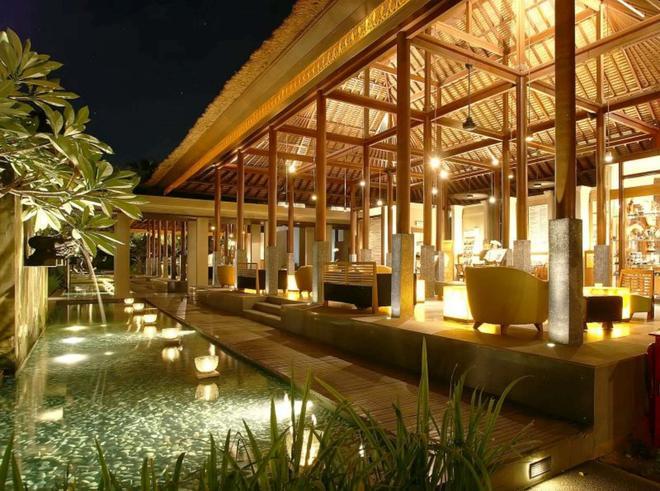 Legian Beach Hotel - Kuta - Lobby