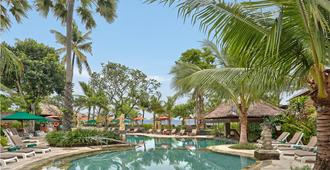 Legian Beach Hotel - Kuta - Pool