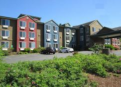 The Ashley Inn & Suites - Lincoln City - Building
