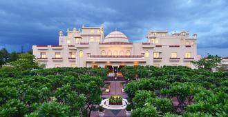 Le Méridien Jaipur Resort & Spa - Jaipur - Edificio