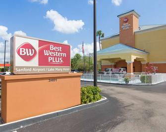 Best Western PLUS Sanford Airport/Lake Mary Hotel - Sanford - Building