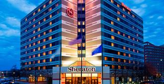 Sheraton Suites Chicago O'Hare - Rosemont