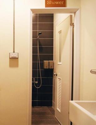 Knock Knock Hostel - Kaohsiung - Bathroom