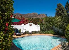7 Church Street Guest House - Montagu - Pool
