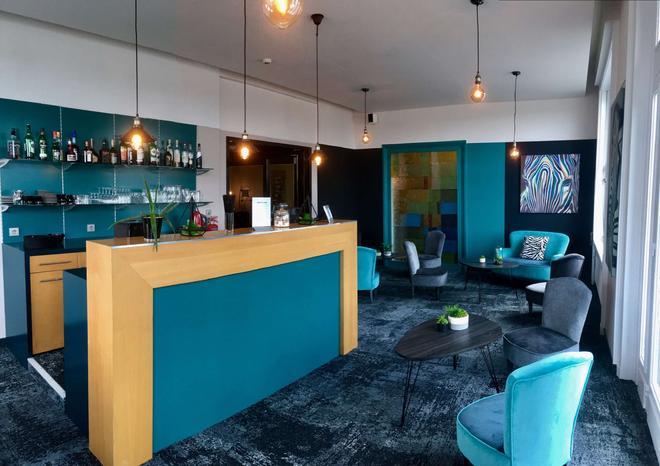 貝斯特韋斯特阿德吉奧酒店 - 索木爾 - 索米爾 - 酒吧
