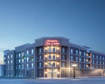 Hampton Inn and Suites Logan, UT - Logan - Building