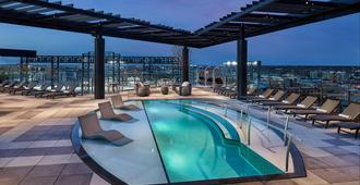 The Rally Hotel - 丹佛(科羅拉多州) - 游泳池