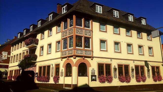Hotel Rüdesheimer Hof - Rüdesheim am Rhein - Building
