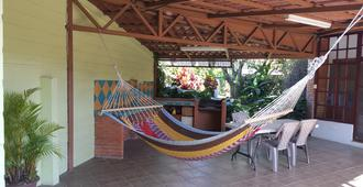 La Villa B&B - Alajuela - Patio