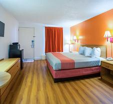 Motel 6 Perry, GA