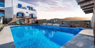 Ios Resort - Ios - בריכה