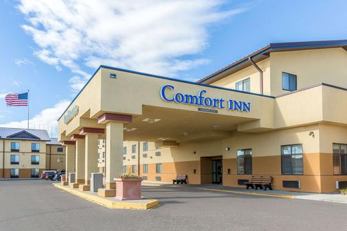 Comfort Inn Gateway to Glacier - Shelby - Building