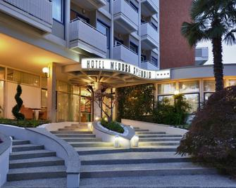 Hotel Medusa Splendid - Lignano Sabbiadoro - Building