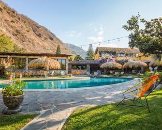 Selina Atitlan - Panajachel - Pool