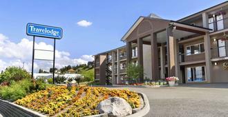 Travelodge by Wyndham Kamloops Mountview - Kamloops - Κτίριο