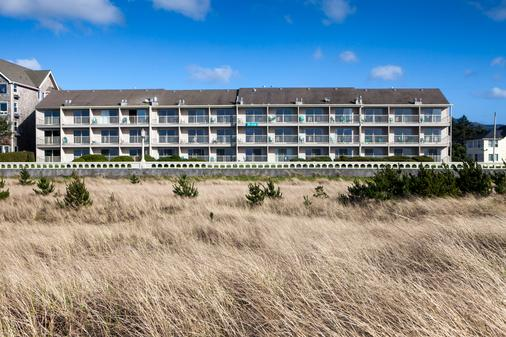 Hi-Tide Oceanfront Inn - Seaside - Rakennus