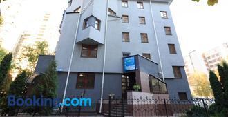 Zhayvir - Kyiv - Building