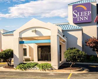 Sleep Inn - Fredericksburg - Building