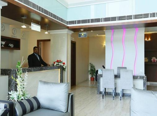 Hotel Moonlit Regency - Thodupuzha - Front desk