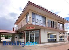 Motel Poinsettia - Puerto Augusta - Edificio