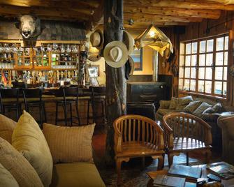 Hotel El Barranco - Futaleufú - Bar