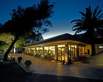 La Bruca Resort - Scalea - Gebouw