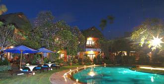 Puri Dalem Hotel Sanur - Denpasar - Piscina