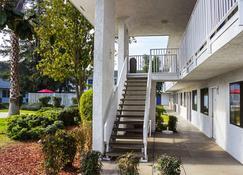 Motel 6 Porterville - Porterville - Bangunan