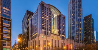 Embassy Suites Chicago Downtown Magnificent Mile - Chicago - Building