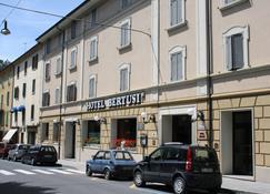 Bertusi - Porretta Terme - Building