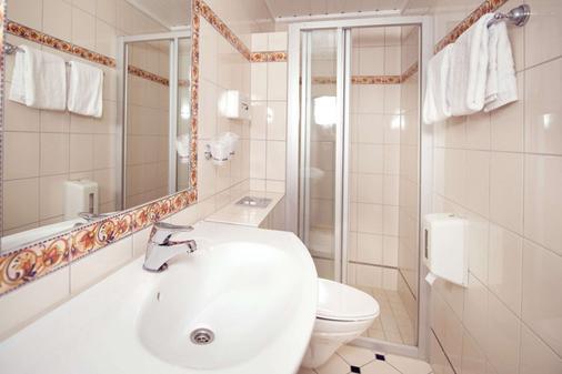 Clarion Collection Hotel Savoy - Oslo - Bathroom