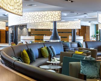 Radisson Blu Hotel Reussen Andermatt - Andermatt - Lounge