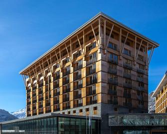 Radisson Blu Hotel Reussen Andermatt - Андерматт - Building