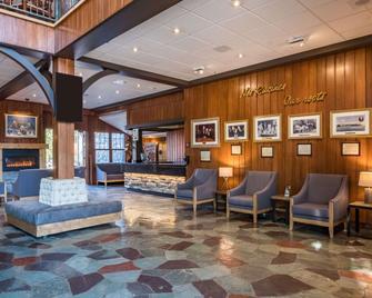 Hotel Mont-Gabriel - Sainte-Adèle - Lobby