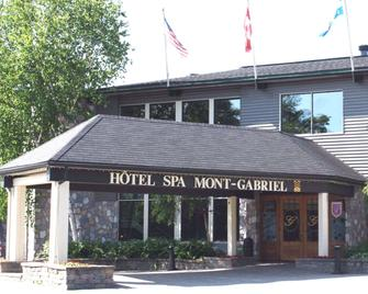 Hotel Mont-Gabriel - Sainte-Adèle - Building