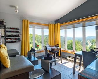 Hotel Mont-Gabriel - Sainte-Adèle - Wohnzimmer