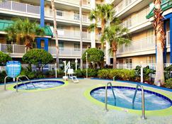 Holiday Inn Resort Orlando Suites - Waterpark - Orlando - Piscina