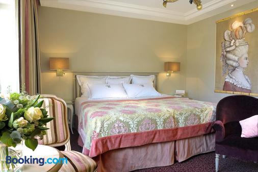 Villa Lara Hôtel - Bayeux - Bedroom