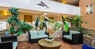 Quality Inn Oceanfront - Ocean City - Lobby