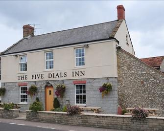 The Five Dials Inn - Ilminster - Gebäude