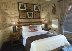 Klein Bosveld Guest House - Emalahleni - Schlafzimmer