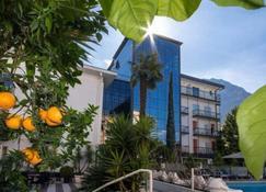 Hotel La Perla - Riva del Garda - Edificio