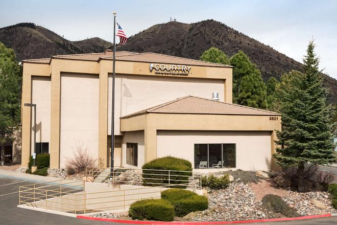Country Inn & Suites by Radisson Flagstaff, AZ - Flagstaff - Building