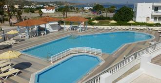 Kamari Bay Hotel - Kefalos - Pool