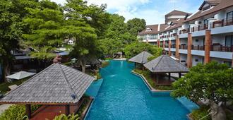 Woodlands Hotel & Resort - Pattaya - Pool