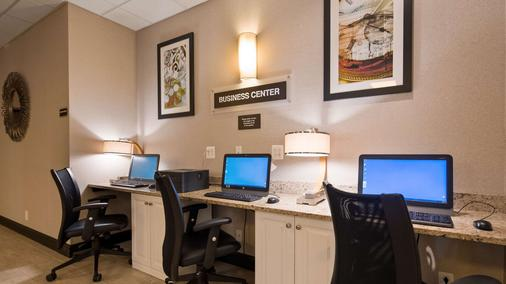 SureStay Plus Hotel by Best Western Albany Airport - Albany - Centro de negocios