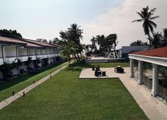 Hibiscus Beach Hotel And Villas - Kalutara